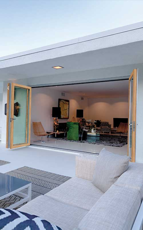 The Folding Door System by LaCantina